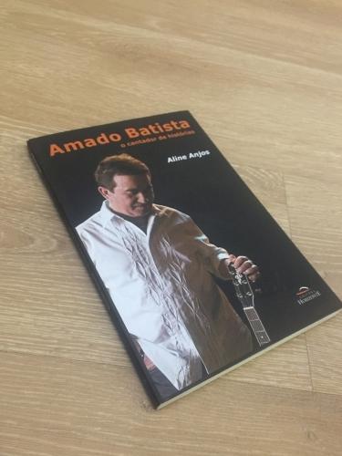 Livro Amado Batista